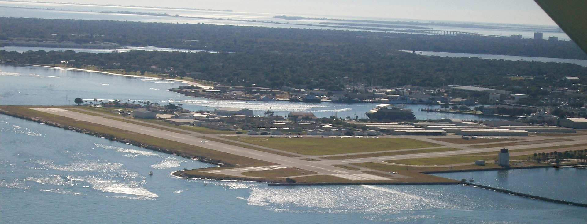 Aerial_Photo_-_Albert_Whitted_Airport_-_Florida_USA (1)